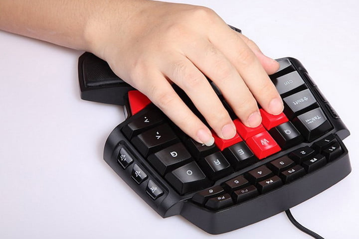 Delux T9 Gaming Keyboard Thumb