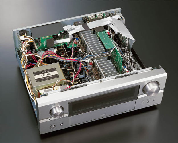 denon-receiver-inside