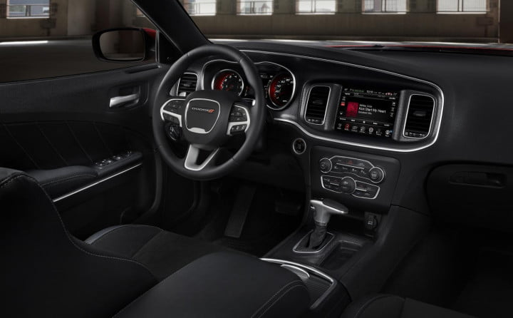 dodge charger vs interior