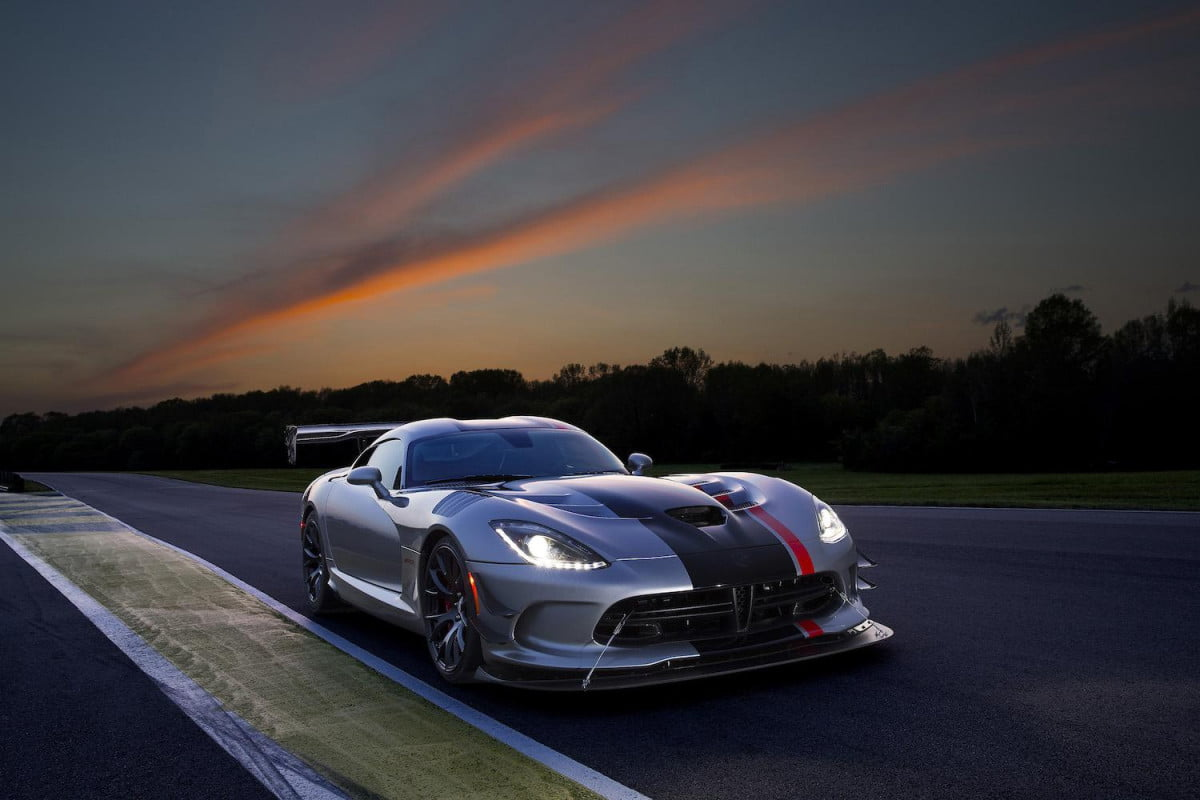 didge viper to go out of production  dodge srt acr