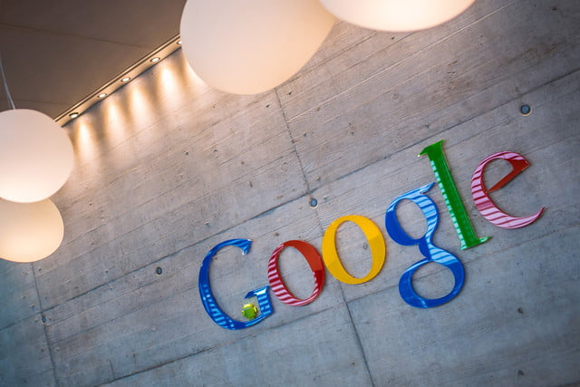 google cambia nombres marcas hq sign headquarters logo name  x