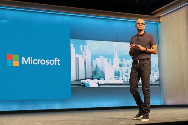 microsoft-sues-us-government-gag-orders-2-720x720