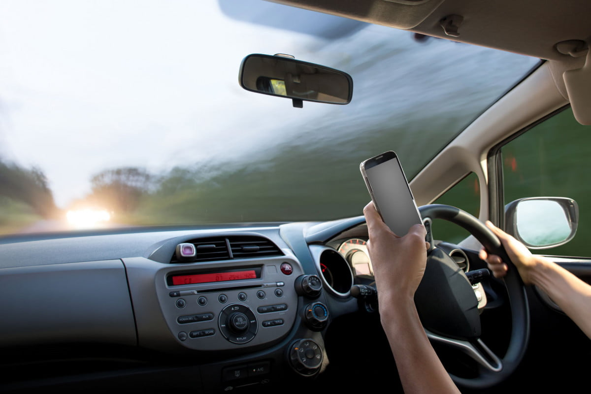 streaming and driving distracted driver