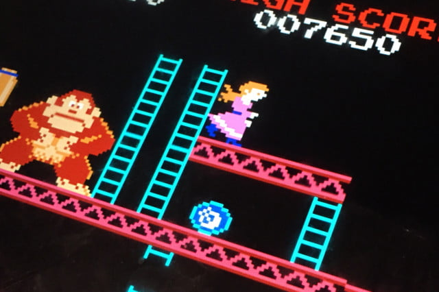 new king of kong crowned in latest donkey world record arcade cabinet