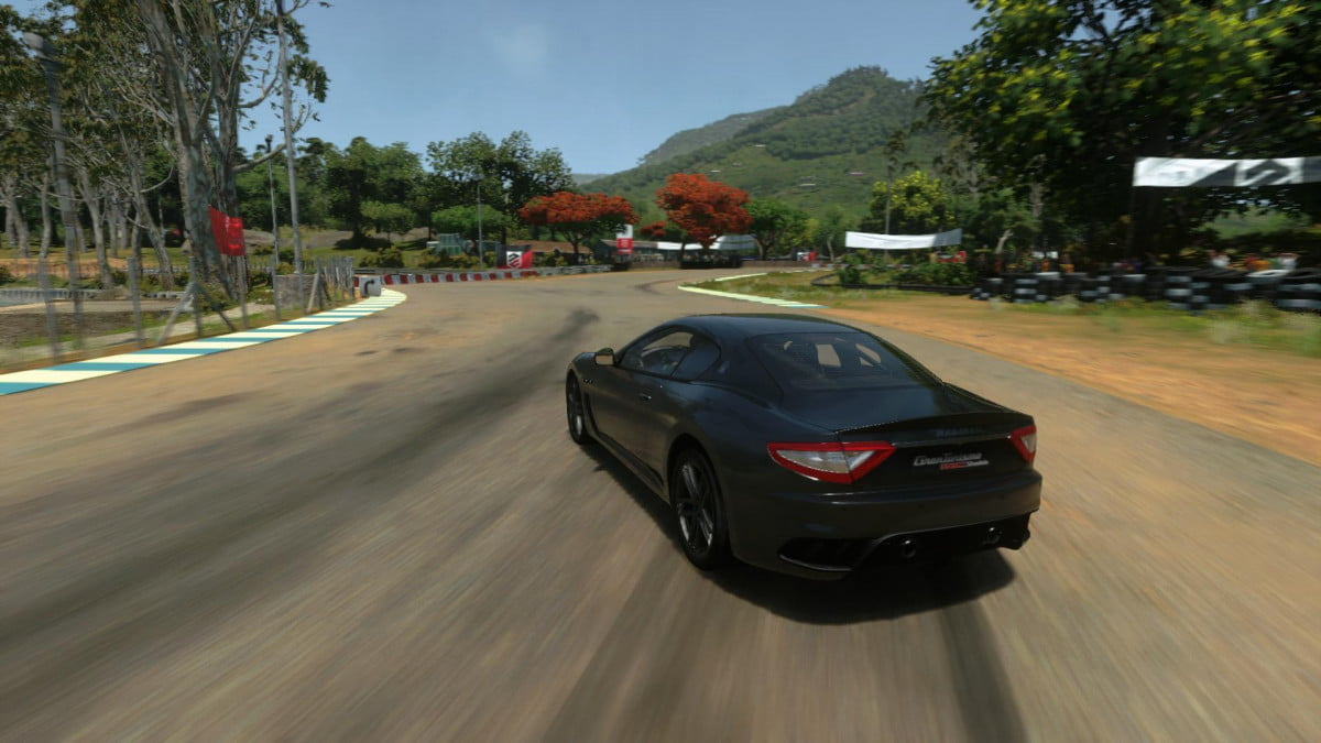 incoming driveclub server updates aim smooth online play