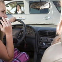 Researchers develop in-car cell phone jamming system, though it can also snitch to cops