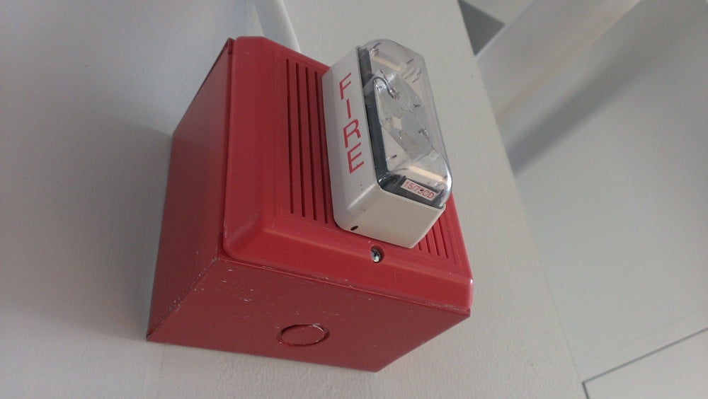 Droid DNA review camera sample inside fire alarm