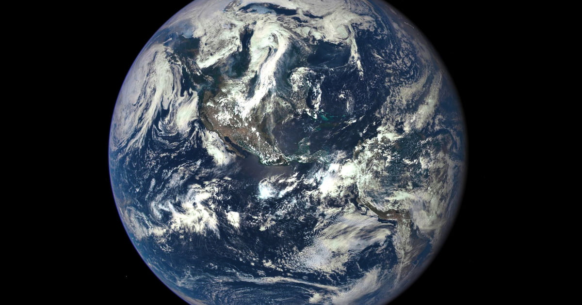 A Year on Earth as Seen From a Million Miles Away   Digital Trends