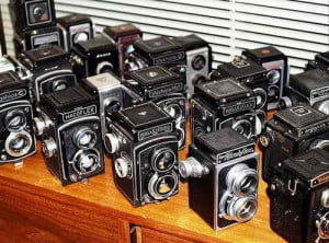 ebay-vintage-camera-collector-auctions-off-1000-cameras-3