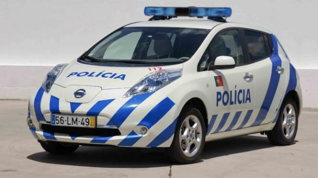 Nissan Leaf police car front three-quarter view