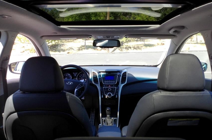Elantra GT coupe interior inside front seats