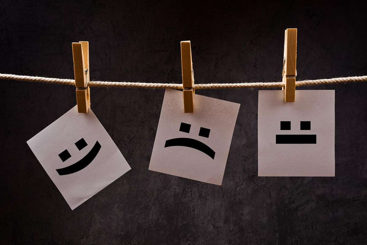 how people laugh online according to facebook emoji signs