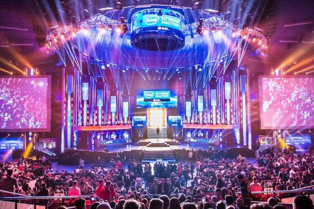 esl schedules worlds first virtual reality esports tournament broadcast eslmasters