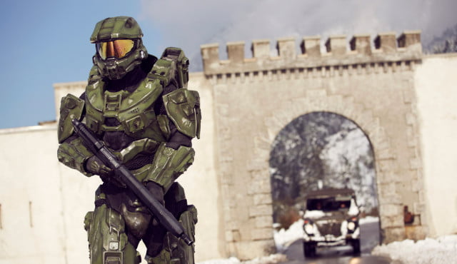 halo master chief collection multiplayer patch delayed slightly experience  by xbox