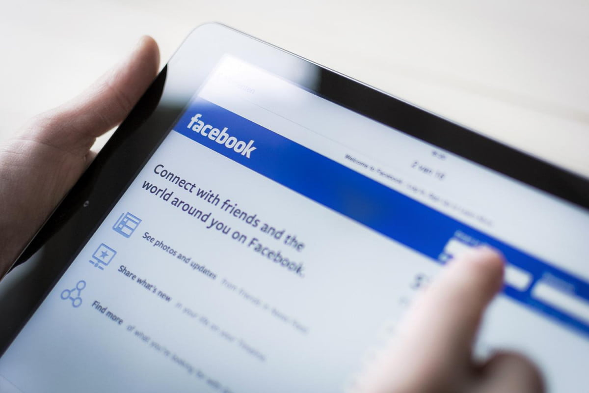 facebook excites businesses new feature generating better targeted ads tablet