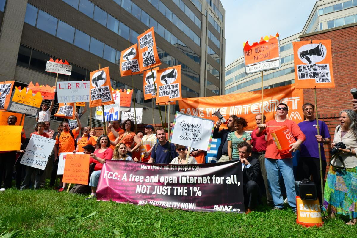 new net neutrality comments order fcc protect open internet freedoms sake protests
