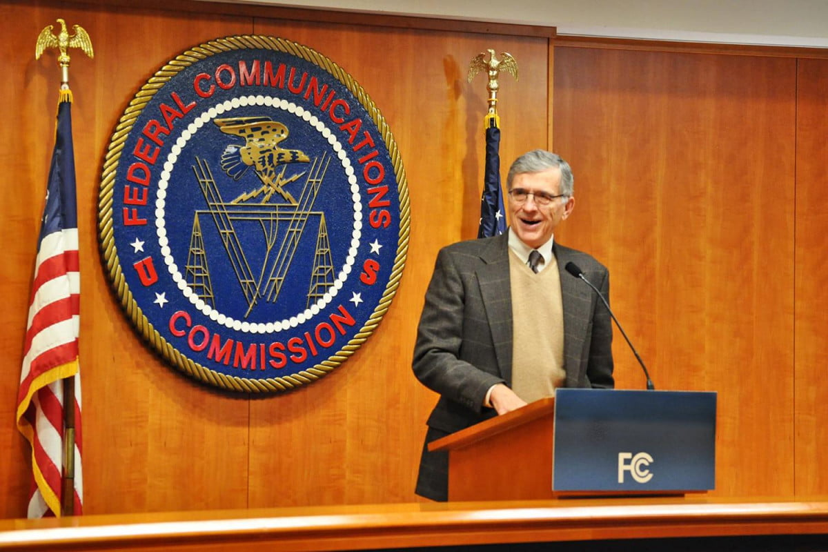 fcc votes  advance net neutrality proposals spite protests tom wheeler