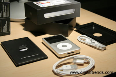 Apple iPod Packaging and Contents