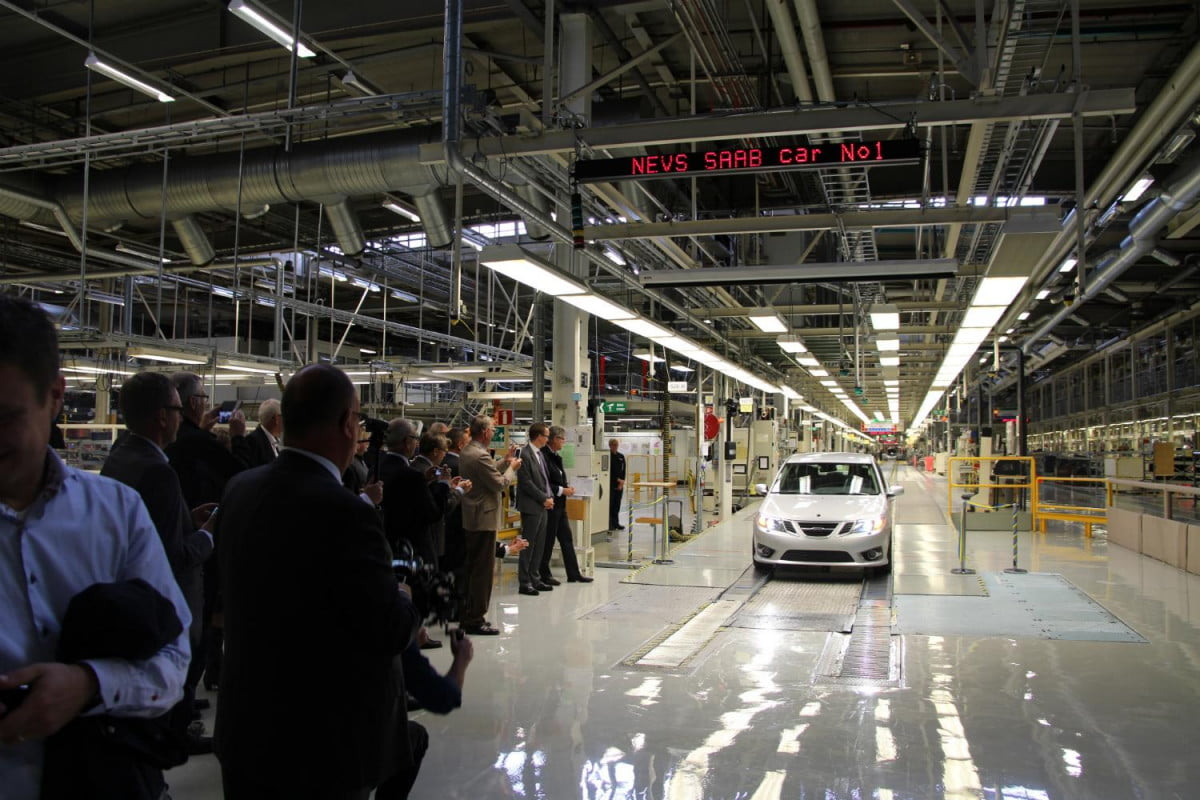 night living saab reanimated automaker begins production  first new
