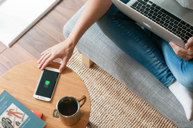 fonesalesmans furniqi range brings more wireless charging to the table fonesalesman side
