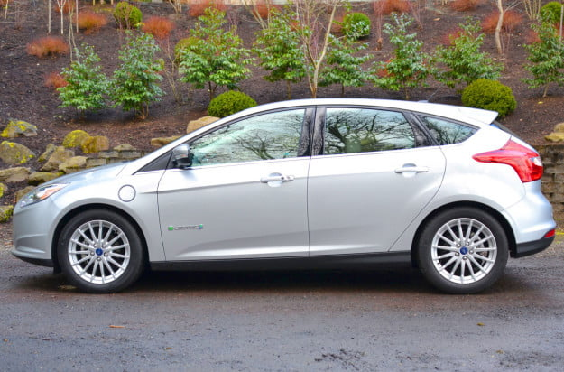 ford electric focus profile