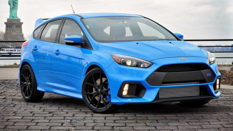 ford focus rs 2016 front angle 970x546. Black Bedroom Furniture Sets. Home Design Ideas