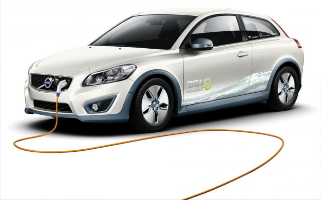 Former Volvo boos Stefan Jacoby again expresses serious doubt about the future of electric cars, but also hope for hybrids