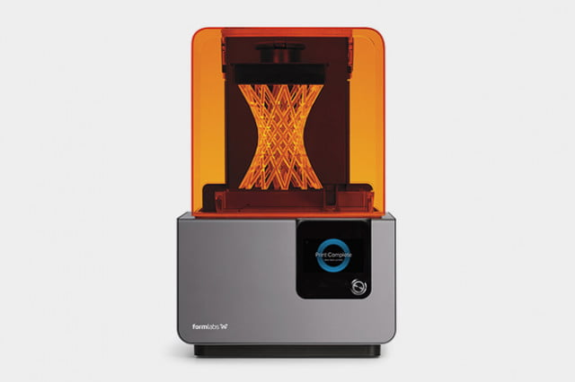 Formlabs-Form-2-SLA-printer-2