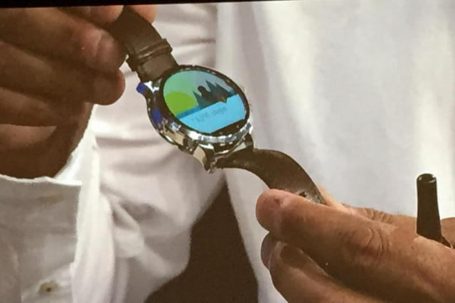 fossil android wear smartwatch news rumors first look
