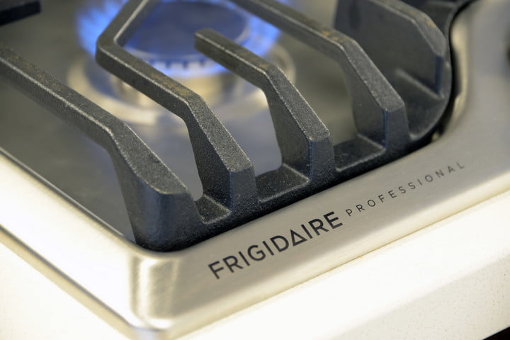 frigidaire fpgc  rs professional cooktop review