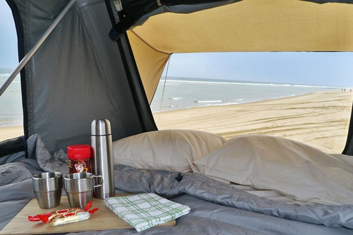 Best Rooftop Tents - Front Runner Feather-Lite