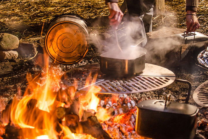 10 awesome grilling gadgets for this year 39 s backyard barbecues digital trends - Spare time gadgets ...