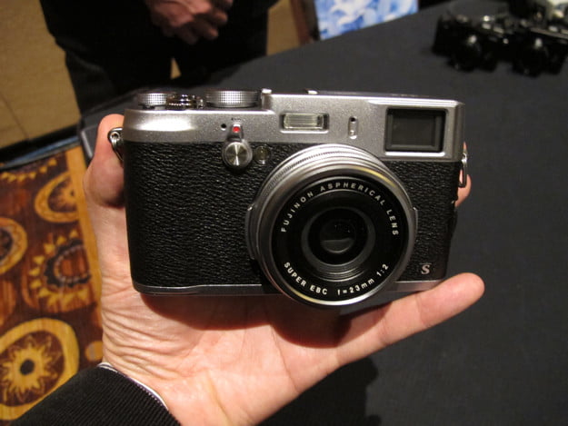 Hands on with the Fujifilm X100S
