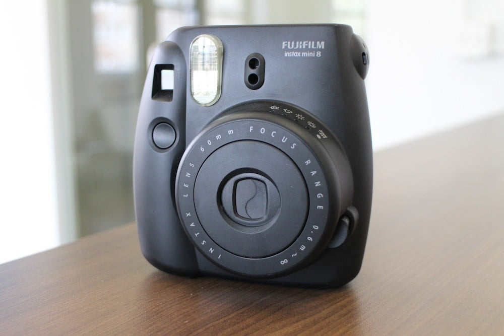 fujifilm instax mini 8 will remind you to use film sparingly digital trends. Black Bedroom Furniture Sets. Home Design Ideas