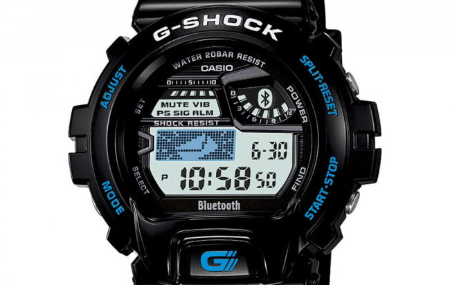Casio G-Shock syncs with an iPhone to deliver email, call alerts