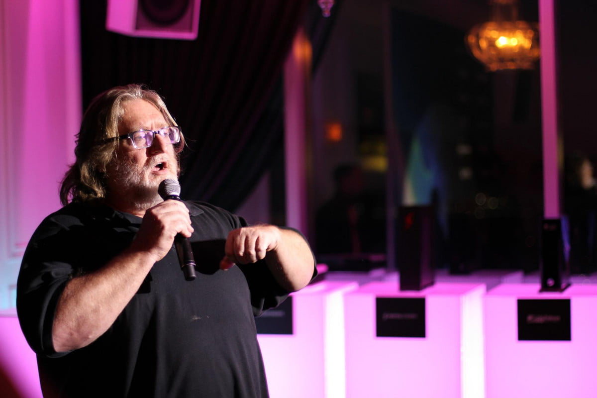 gabe newell outlines future steam machines  reveal