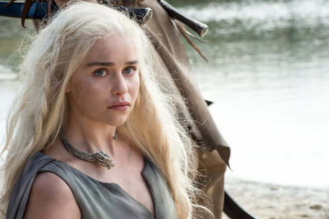emilia clarke jane bond game of thones season