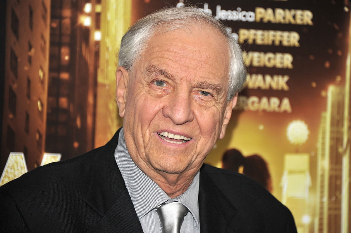 happy days creator film director garry marshall dies at
