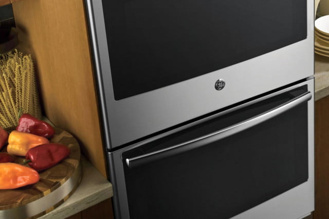 GE-Profile-connected-kitchen-suite-oven-2