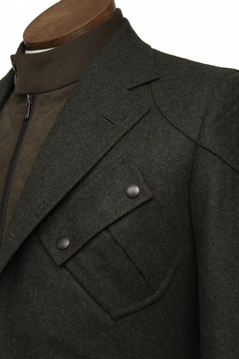 bentley takes bespoke to your torso with these savile row driving jackets gieves hawkes bespokedrivingjacket pocketdetail