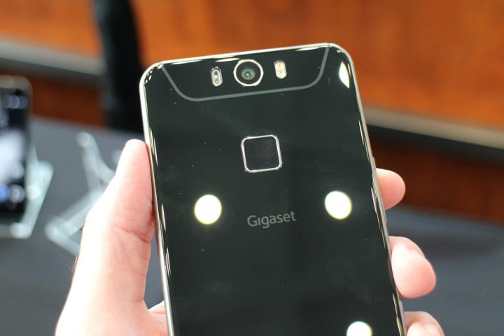 hands on gigaset me pure and pro android phones