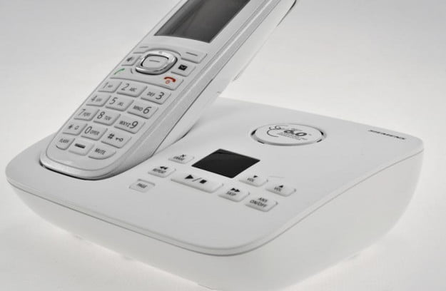 Gigaset C595 C590 cordless telephone review front handset base