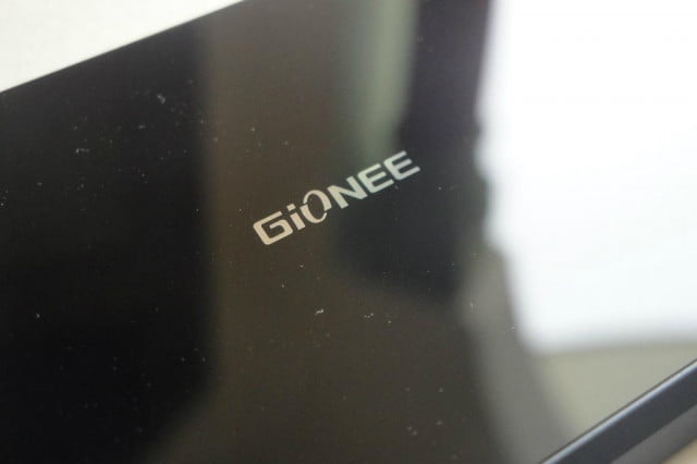 settle one  p display phone can two gionee