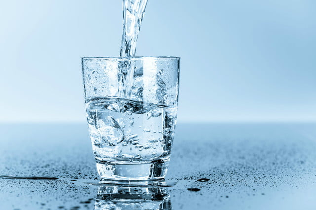 home water filtration system glass of
