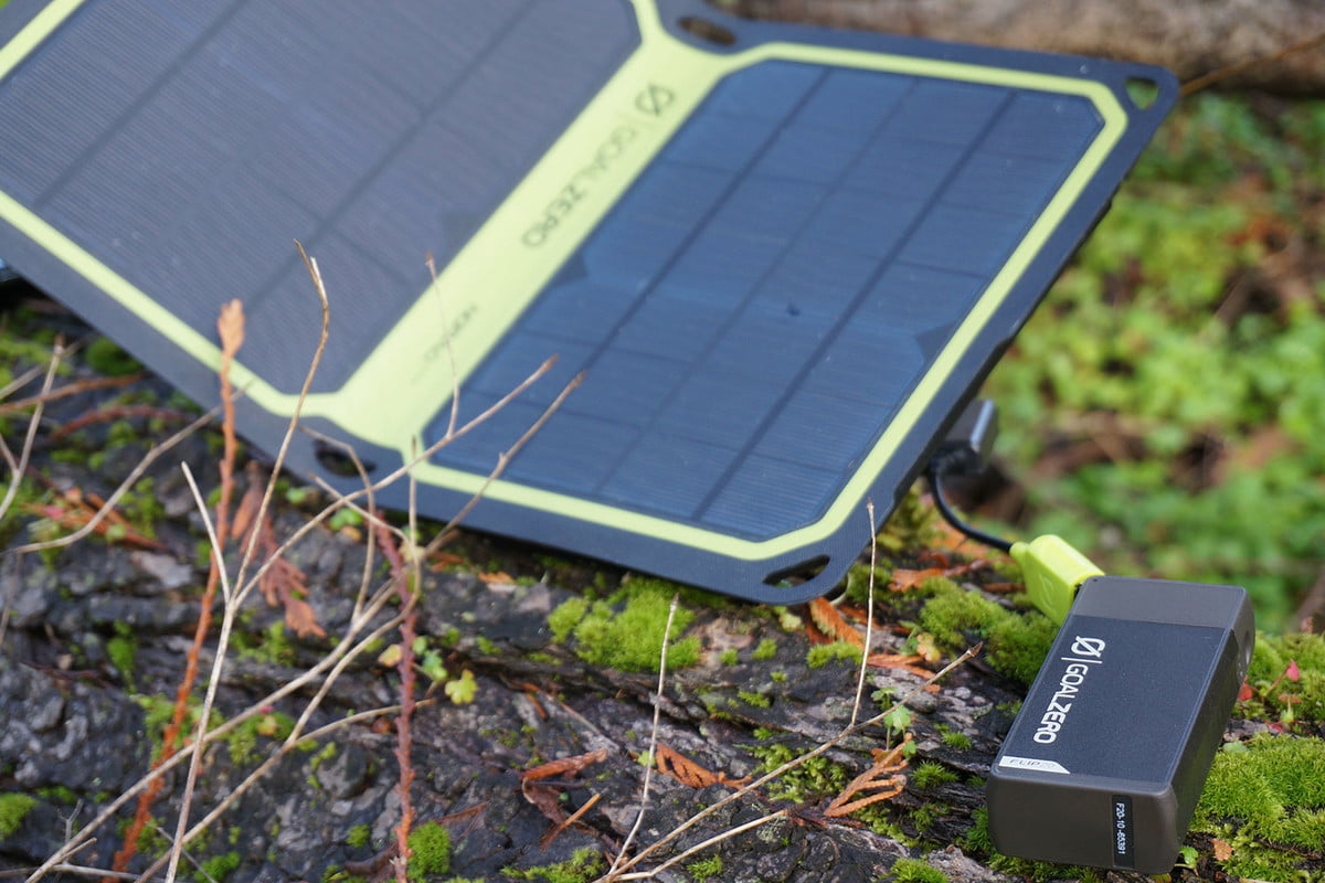 goal-zero-nomad-7-plus-how-to-buy-a-solar-charger