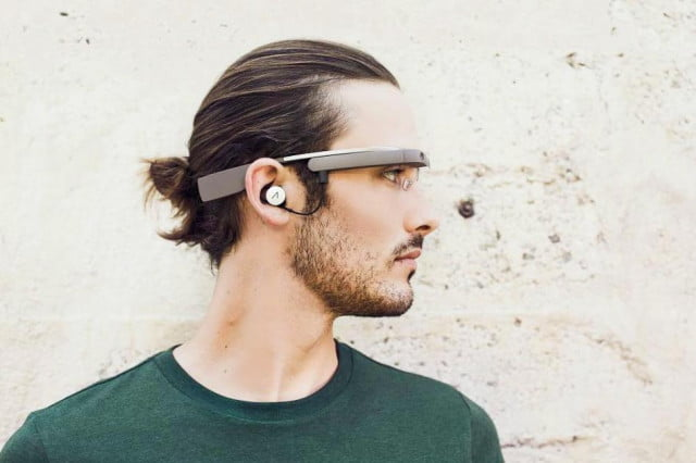 google shows off glass redesign