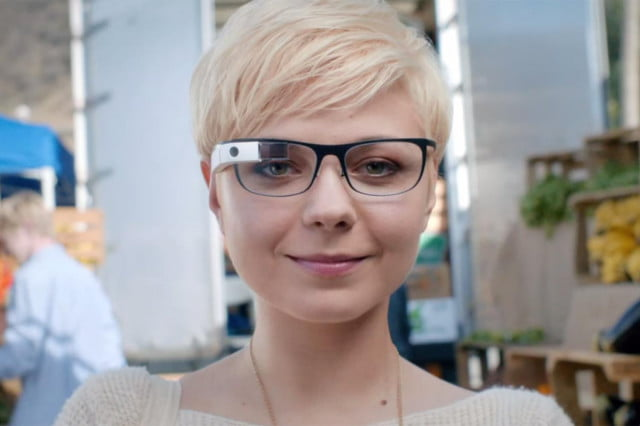 google glass wants you to feel magical by taking photos using finger frames woman