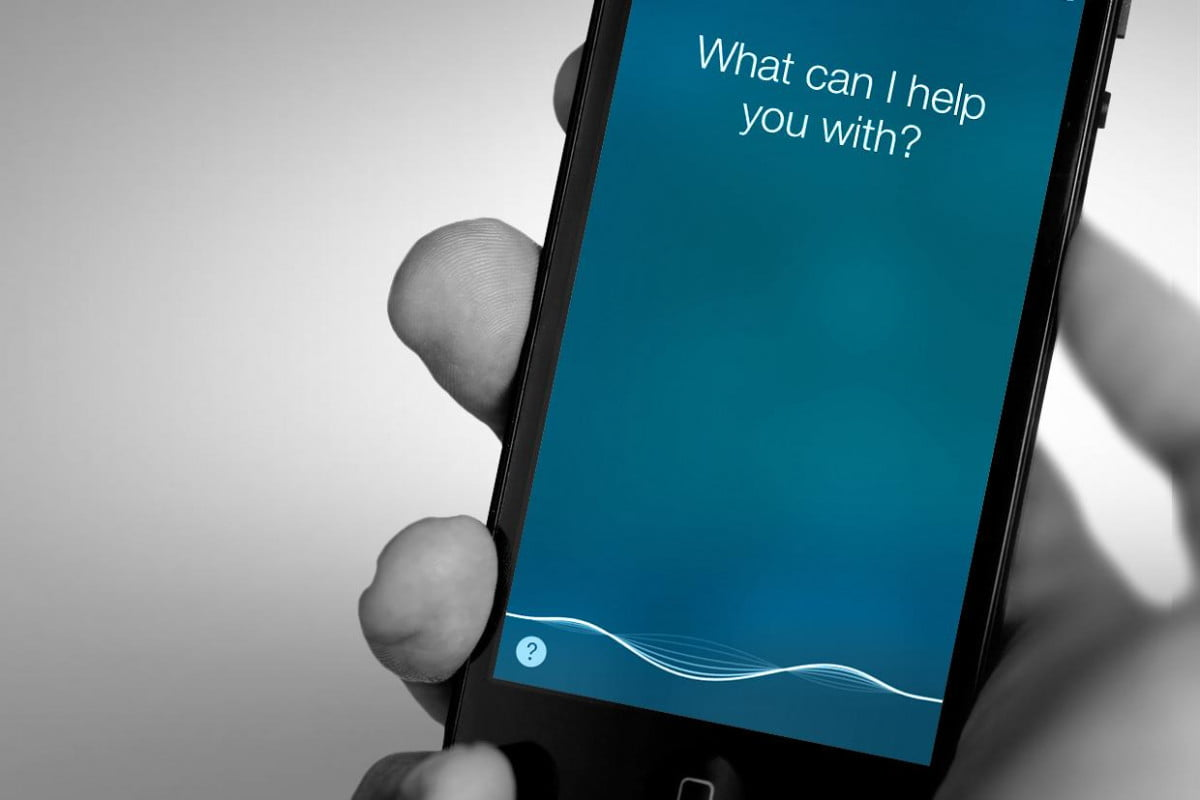 a human may be listening to what youre saying your smartphone siri cortana samsung google sweating latent search