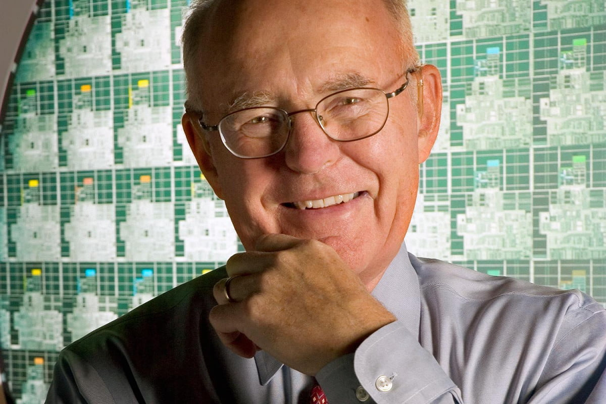 intel cant keep up moores law gordon moore