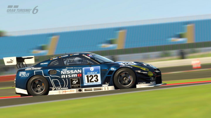gran turismo  review gtr gt silverstone